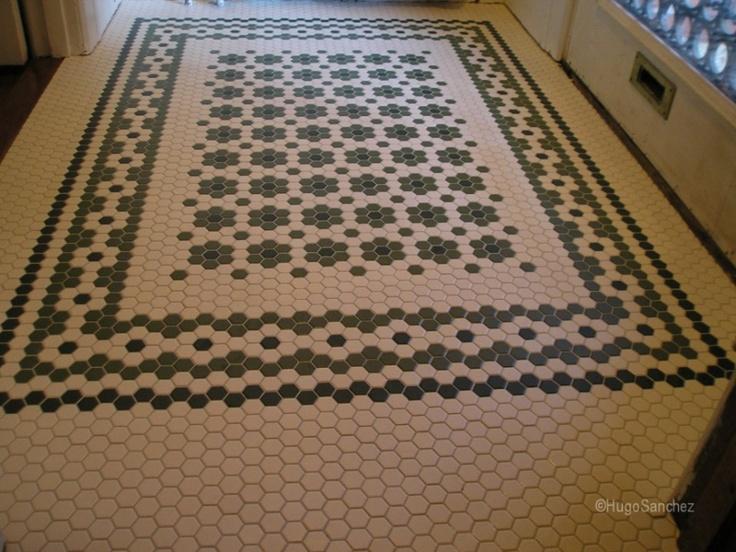 Entrance mosaic floor | Céramiques Hugo Sanchez Inc
