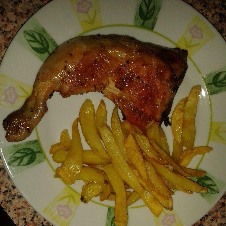 Pollo arrosto con patate al forno. Goduria.  #pollo #patate