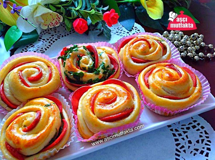 Salamlı Gül Poğaça   Aşçı Mutfakta