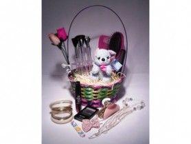 http://www.adsbeat.com/uk-classifieds/gifts/beauty-hamper-a-teenage-girl-gift-basket/