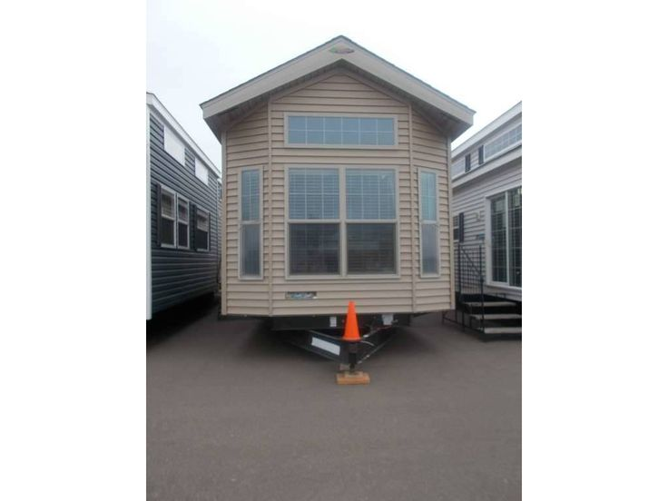 Check out this 2016 Woodland Park Outback Resort 4011-49L ...