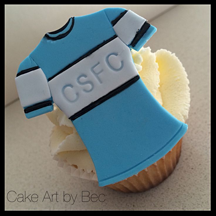 Cronulla Sharks cupcakes. By cake art by.