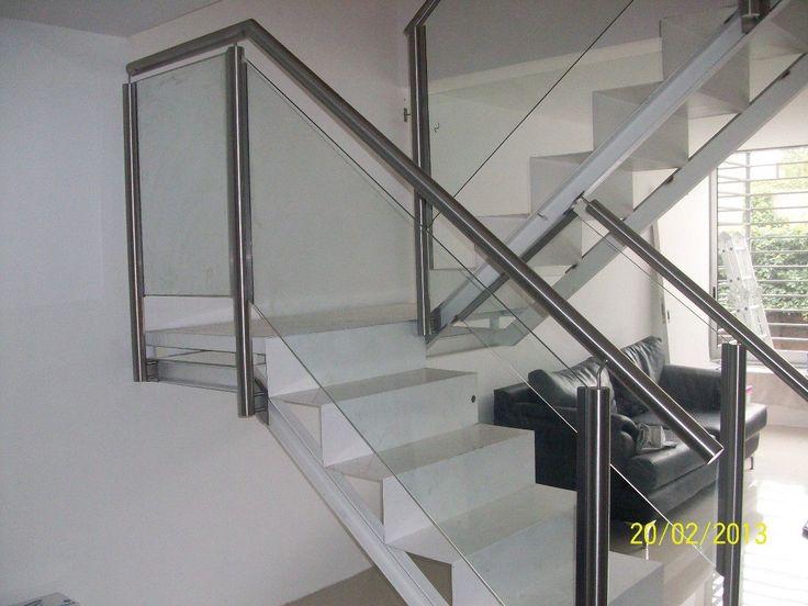 52 mejores im genes sobre living en pinterest chimeneas - Barandillas escaleras modernas ...
