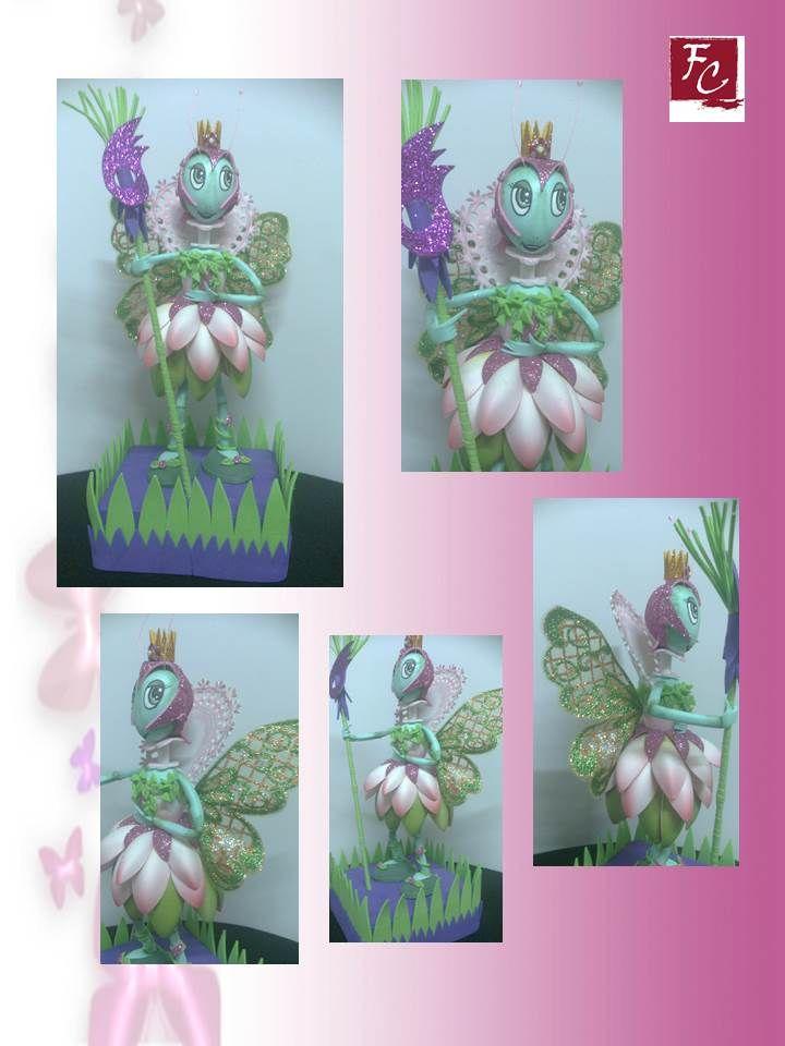 De la colección mariposas. Figura de 25cm. en goma eva , con elemento nuevo en las alas.