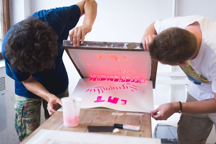 Take part in a screen printing workshop