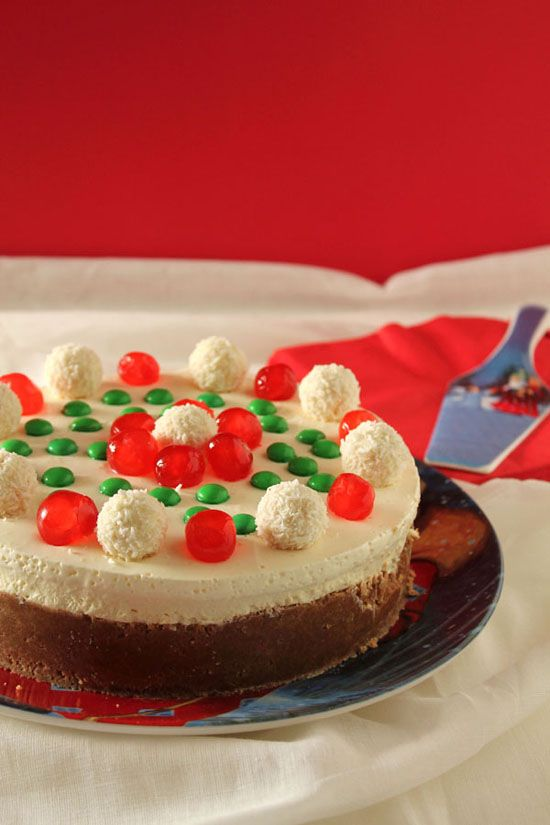 Χριστουγεννιάτικο cheesecake με λευκή σοκολάτα και επικάλυψη sour cream