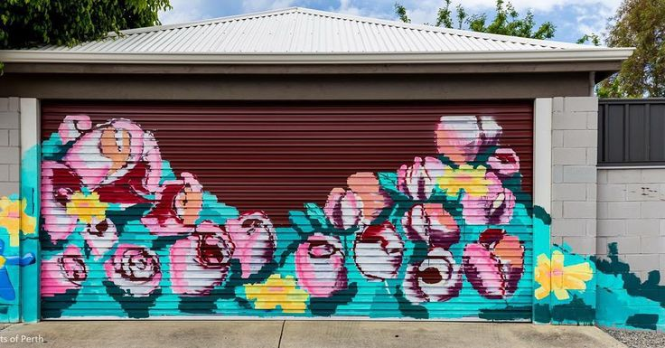 This pretty rose garden artwork can be found in the laneway that runs parallel between Albany Highway and Hubert St in East Vic Park.  Can anyone credit the artist? #streetsofperth #roses #rosegarden #vicpark #eastvictoriapark #vicparklife by streetsofperth