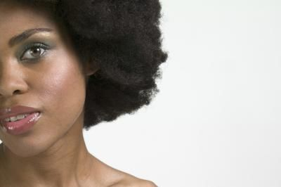 How to Give Your Curly Afro the Wet Look