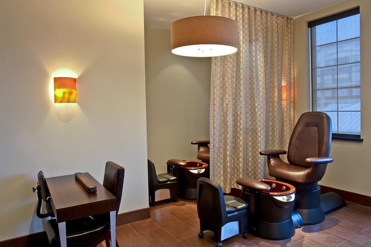 Neroli Salon & Spa - Bayshore location
