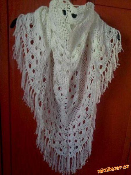 velký háčkovaný šátek