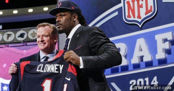 The Top 10 Picks of the 2014 NFL Draft = http://www.therichest.com/sports/football-sports/the-top-10-picks-of-the-2014-nfl-draft/