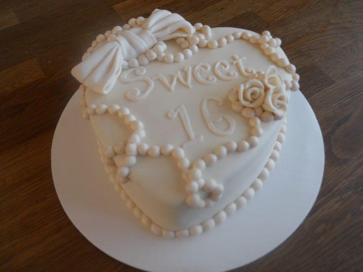 Swet Sixteen Birthdaycake