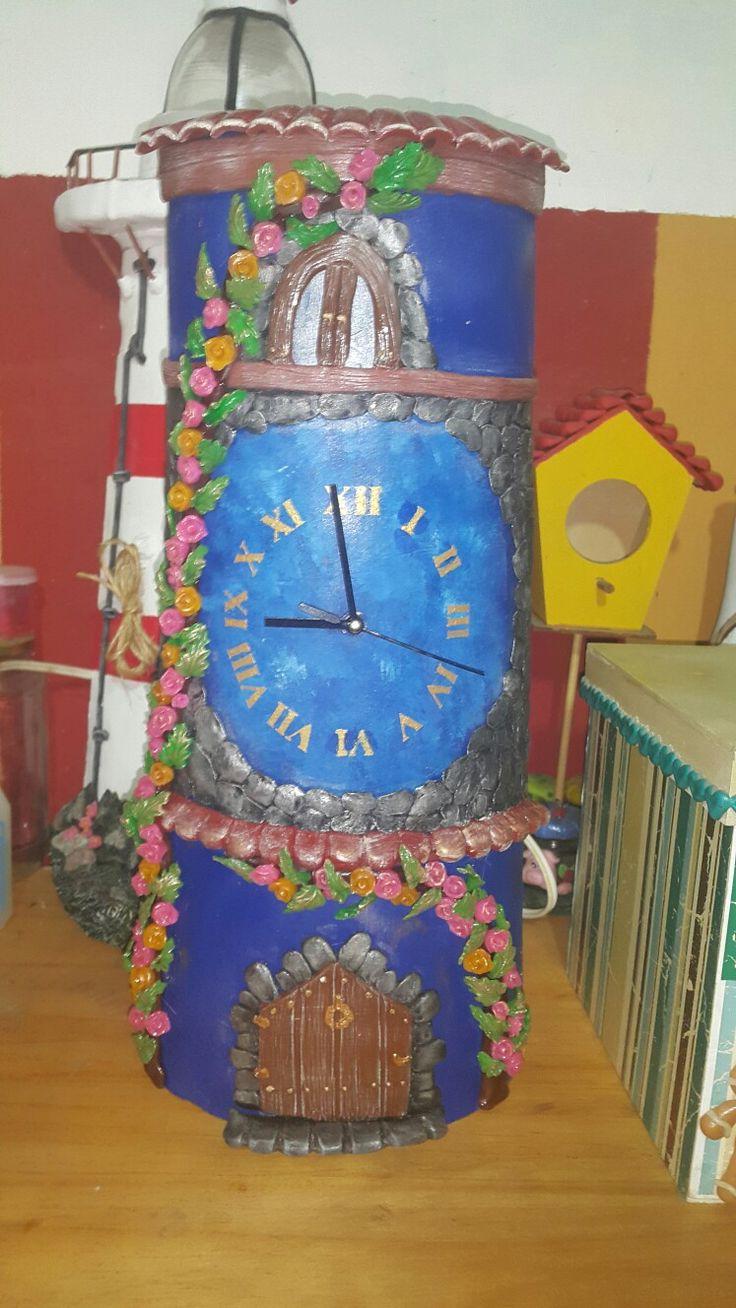Reloj en teja