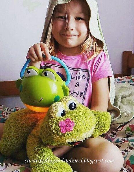 świat według moich dzieci: Bright Starts Projektor / Lampka Żabka Opinia