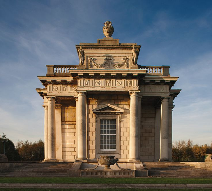 THE WEE HOUSE THAT CHANGED THE WORLD Tucked away on the east coast of Ireland is a neoclassic folly that was the driving architectural force for the Age of Enlightenment.