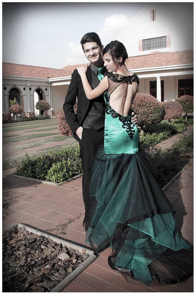 Emerald green dress with open back by Lilly van D.