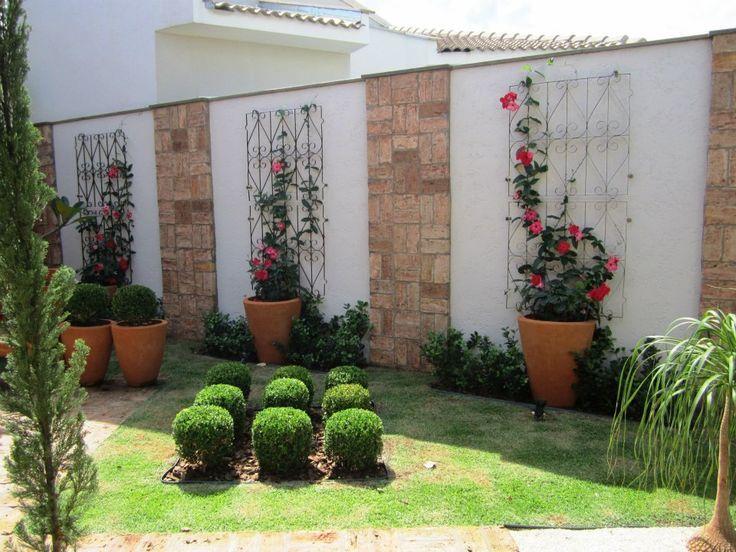 vasos com trepadeiras paginação muro