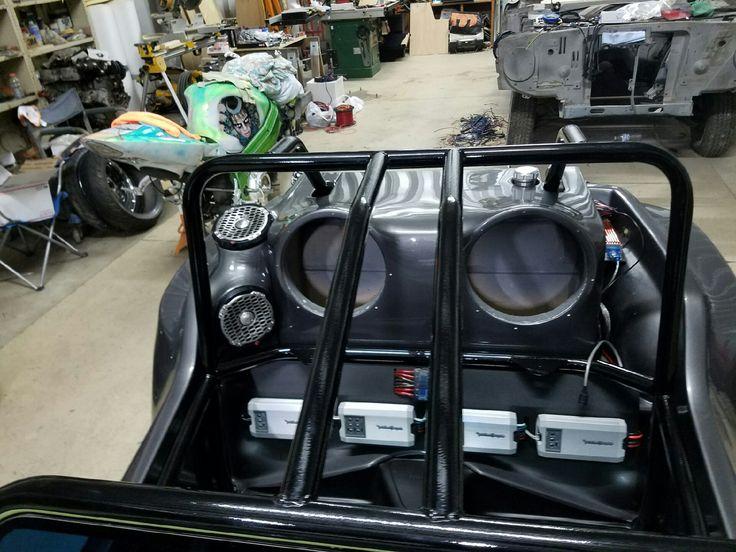 Custom Stereo In Manx
