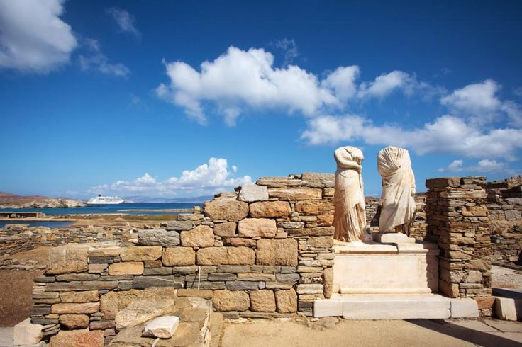 Explore the island of Delos, one of the most important archaeological sites in Greece. Discover the birthplace of Apollo and Artemis and the center of the Cyclades in ancient times with Tourboks!