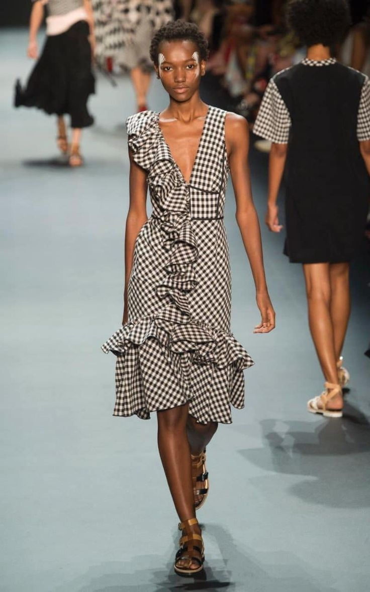 Tome is one of our favourite under-the-radar brands on the NYFW schedule. Though everything in the SS17 collection was covetable, this gingham midi dress turned heads