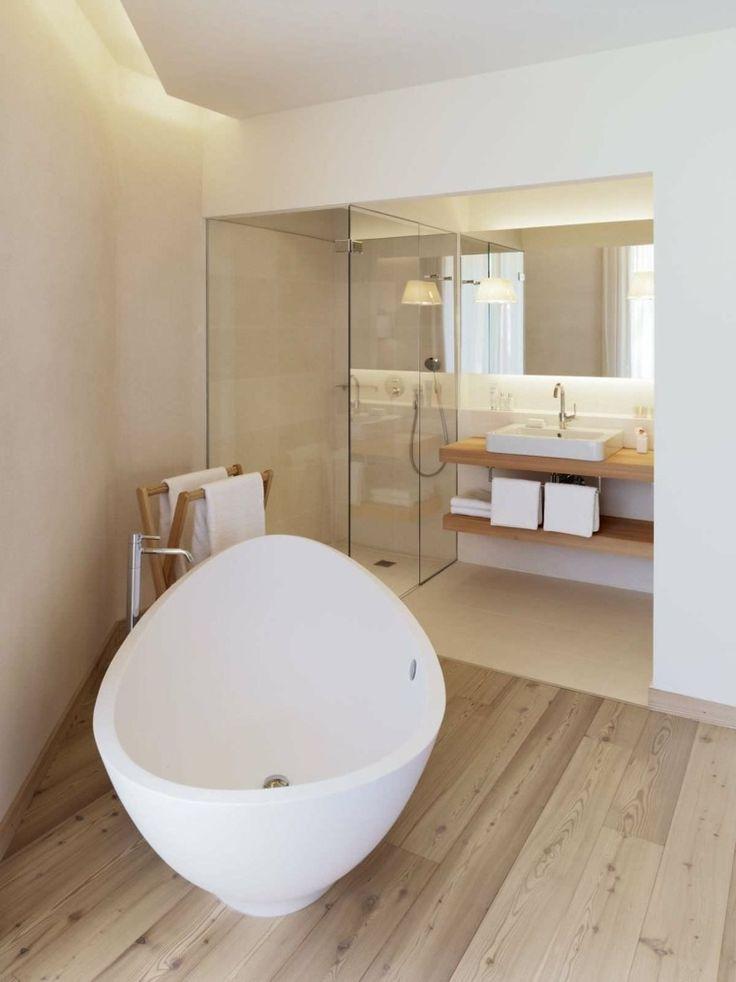 salle de bain minimaliste avec du parquet - Salle De Bain Parquet Carrelage
