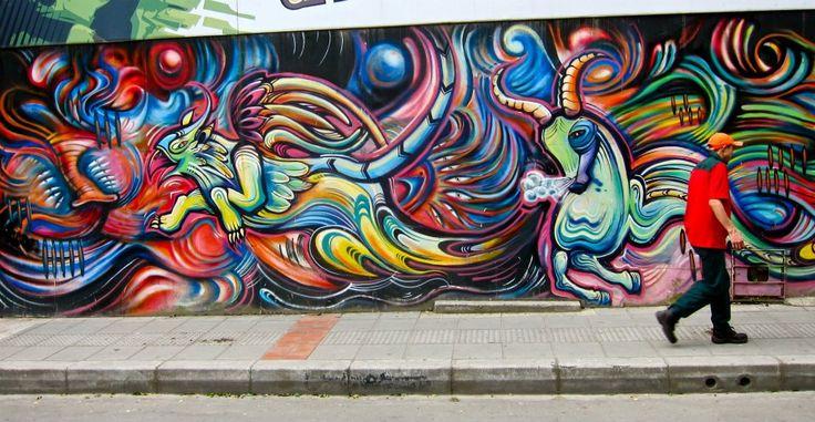 The graffiti tour en la Candelaria es nuestra actividad favorita para recomendarles a nuestros huespedes en Alegrias Hostel Bogota. https://alegriashostel.com