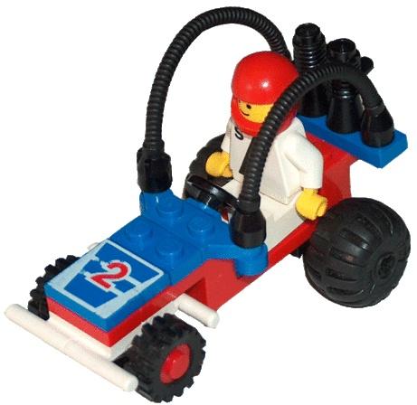 LEGO 6502 (Uden byggevejledning, forkert overkrop) har en klods der skal skiftes