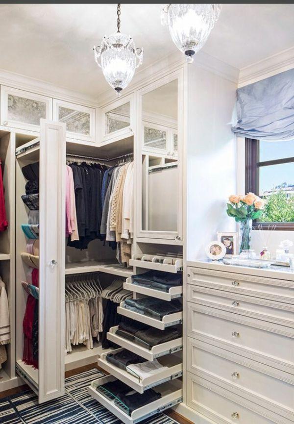 25+ best ideas about begehbarer kleiderschrank planen on pinterest ... - Begehbaren Kleiderschrank 15ideen Fur Ordnungssysteme Und Mobeldesign