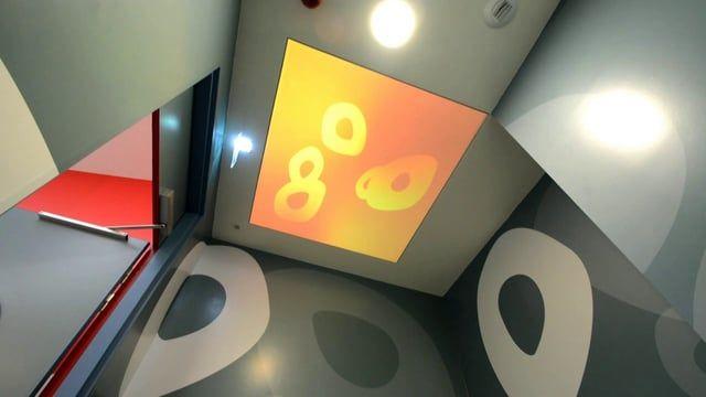 L'Ilo par Dalcans. Création d'une douche sonore avec un dispositif multimédia en projection immersive. Design of a sound shower with a multimedia display with immersive projection.