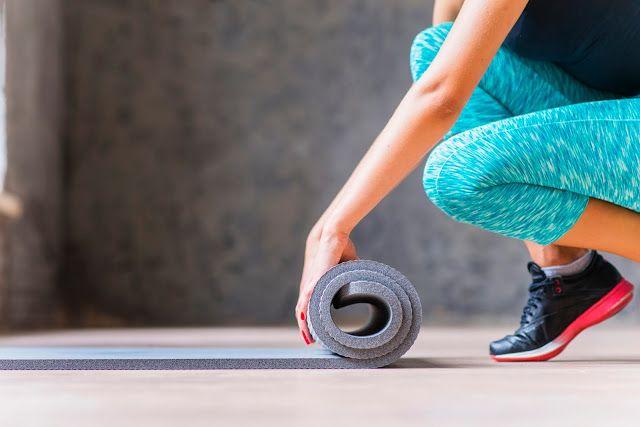 Cómo Elegir Cuidar Y Llevar Tu Esterilla Alfombra Tapete Colchoneta O Mat Para Yoga Pilates Gimnasia O Fitness Entrenamiento En Casa Ejercicios Pilates