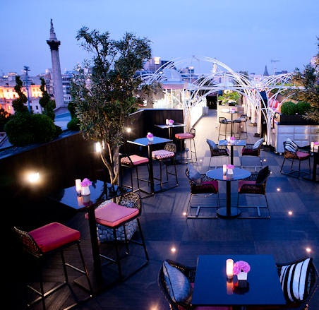 Ambius brings a splash of pink to Vista at The Trafalgar, Central London's largest roof top bar