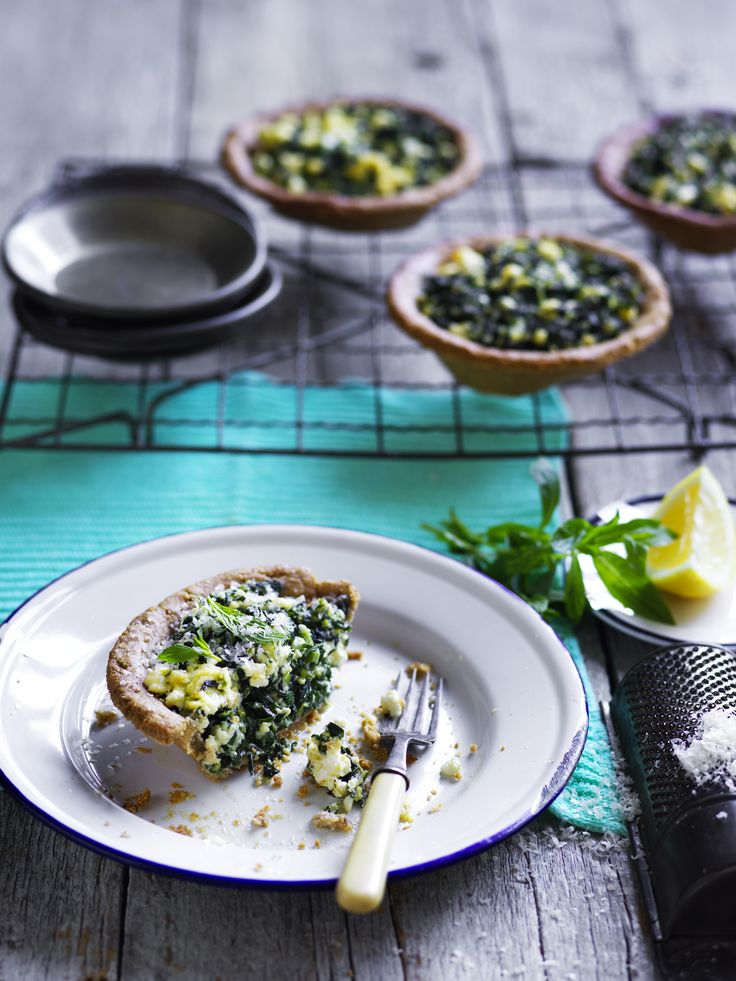 This recipe for tasty, green greek-style silverbeet pies are a great dish to serve the family for lunch or dinner, match with a side of fresh salad.