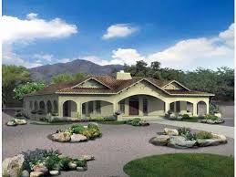 Hasil gambar untuk house with center courtyard