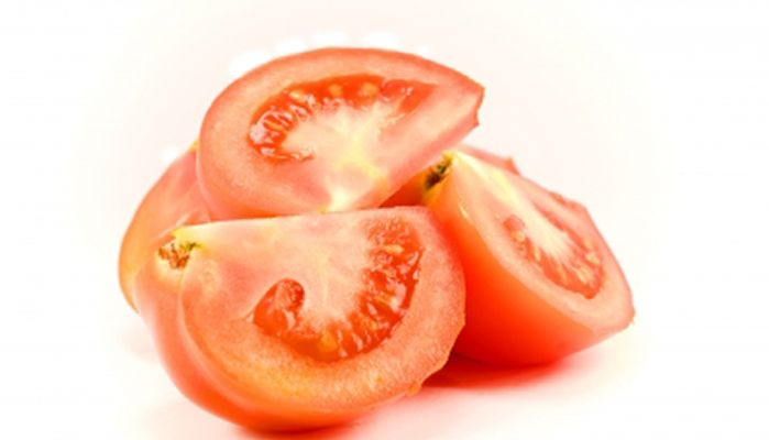 10 beneficios que el tomate