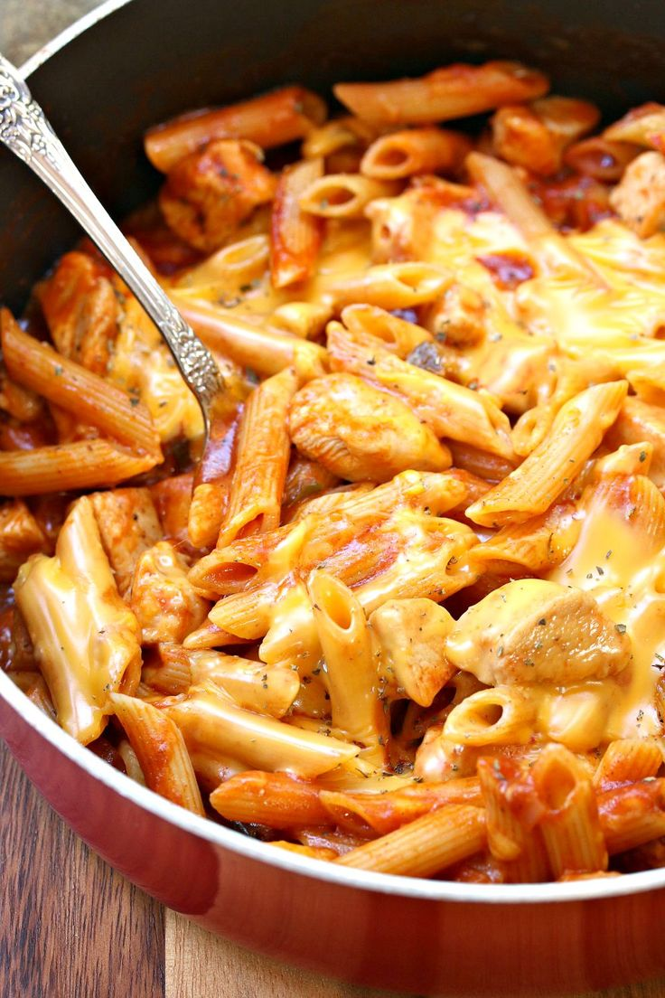 One Pot Manly Cheesy Chicken Penne - The Cozy Cook