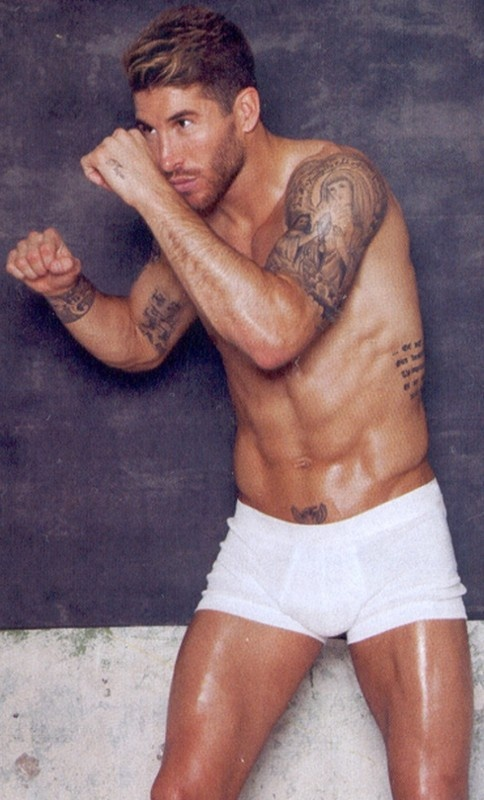 Sergio Ramos surely isn't the only one to oil up and box no one in their pants