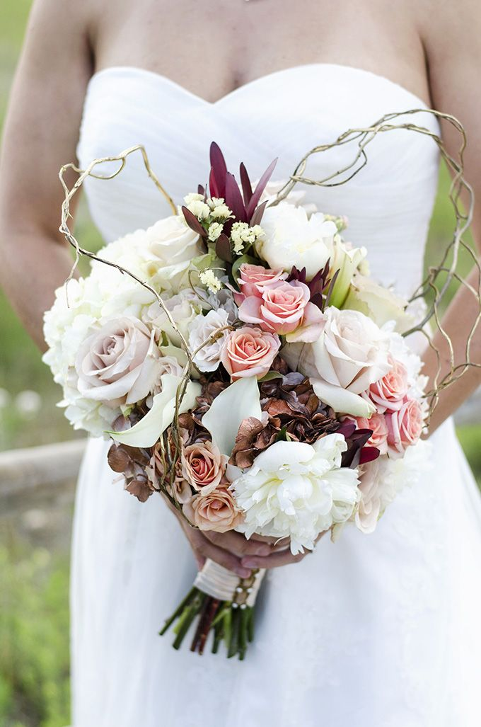 Its Nice To See Fall Wedding Bouquets With More Muted Colors