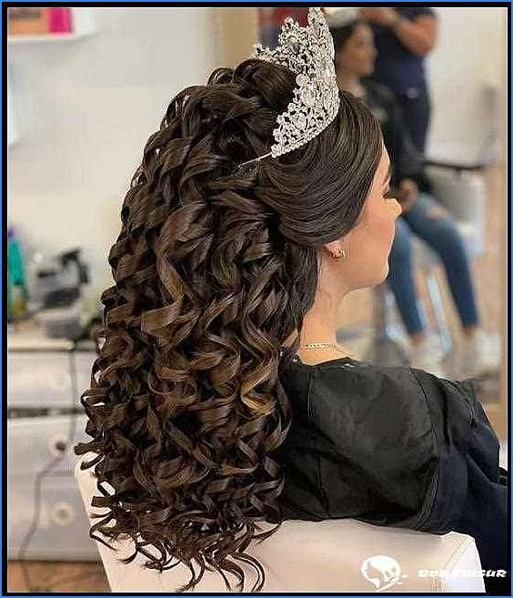 10 The Best Quinceanera Hairstyles For Your Big Day - Mody ...
