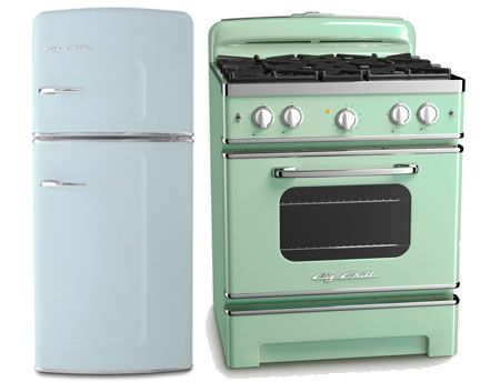 Retro Kitchen Appliances are a fun way to pay homage to the style of your home or to tone down modern accents