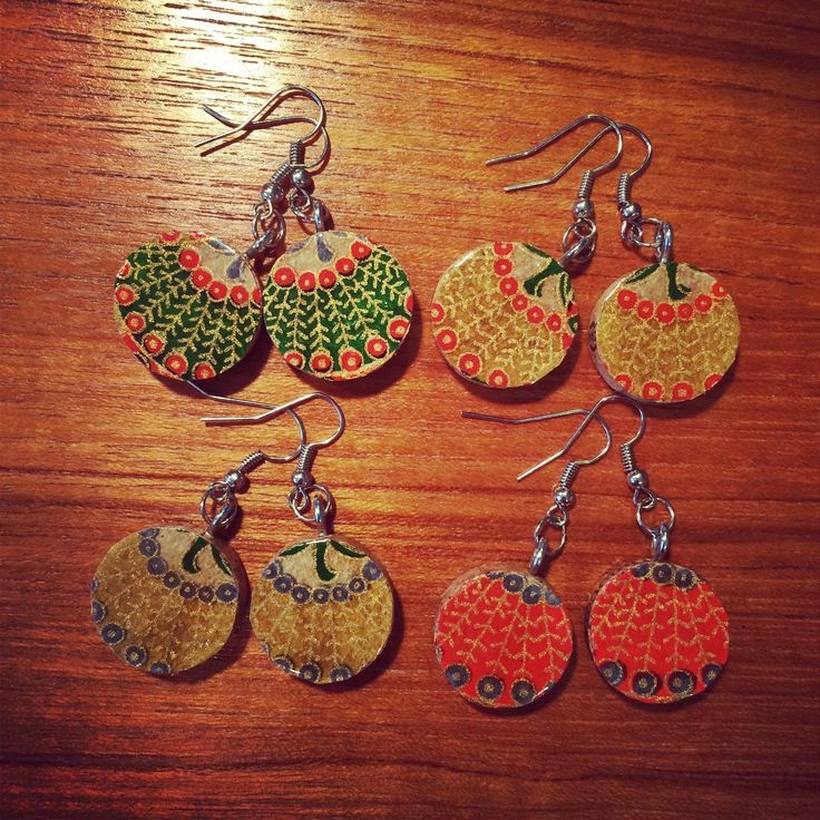 Upcycled Wine Cork Jewelry  •  Free tutorial with pictures on how to make a dangle earring in under 60 minutes