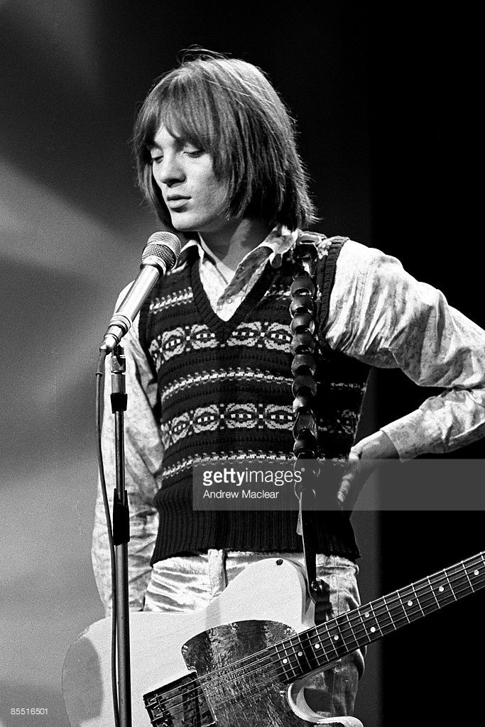 Photo of SMALL FACES and Steve MARRIOTT, Steve Marriott performing on tv show