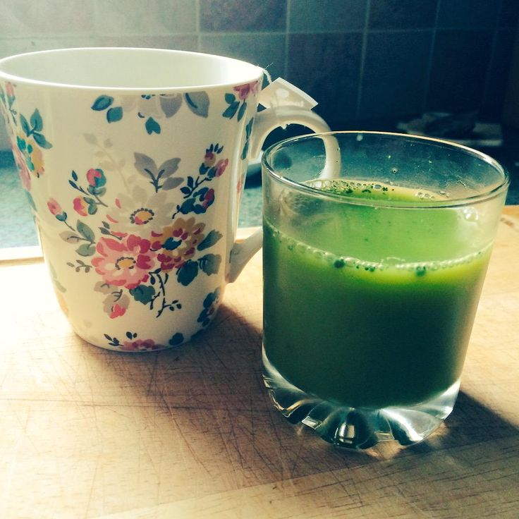 Taking part in the @teapigs #matchachallenge Green tea & matcha and OJ to start the day. Bikini Body here I come!!
