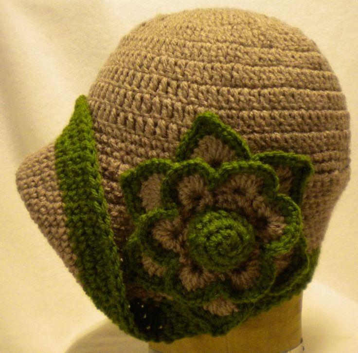 Cloche 1920s vintage style ladies flapper crochet hat dark caramel green trim | eBay