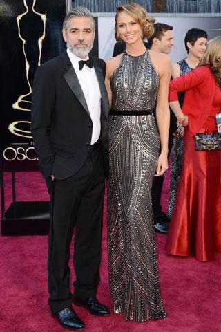 George Clooney ve Stacey Keibler http://elle.com.tr/fotogaleri_FotoGaleriDetay/1970.aspx#
