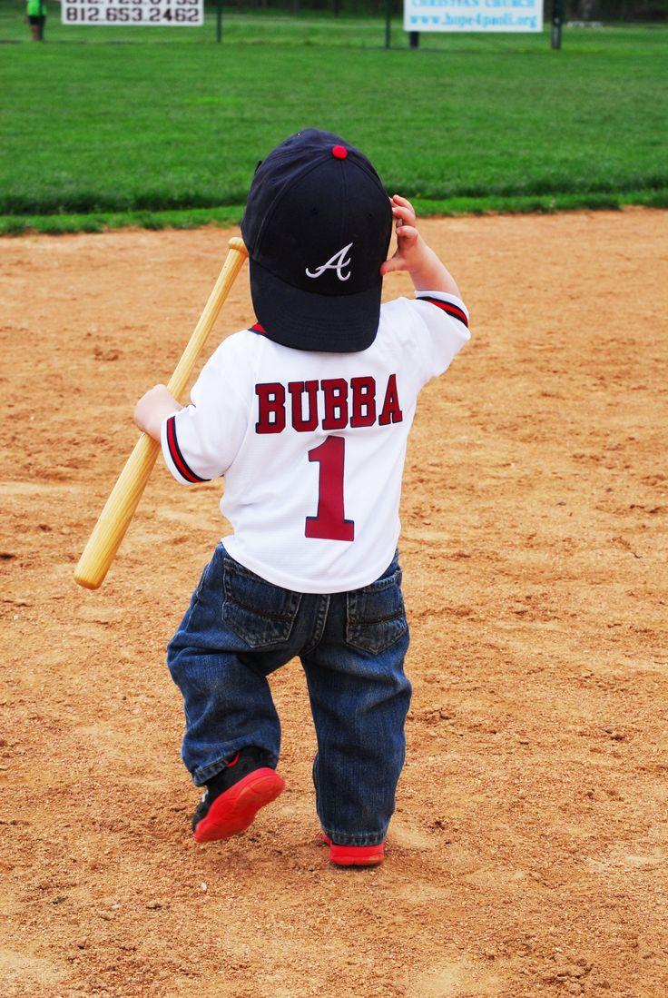 Rhett's first birthday photo shoot baseball field cake smash  photo cred: Summer Nail Photography