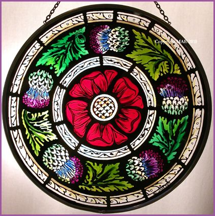 Beautiful Scottish Rose...website has beautiful stain glass, including Celtic ones