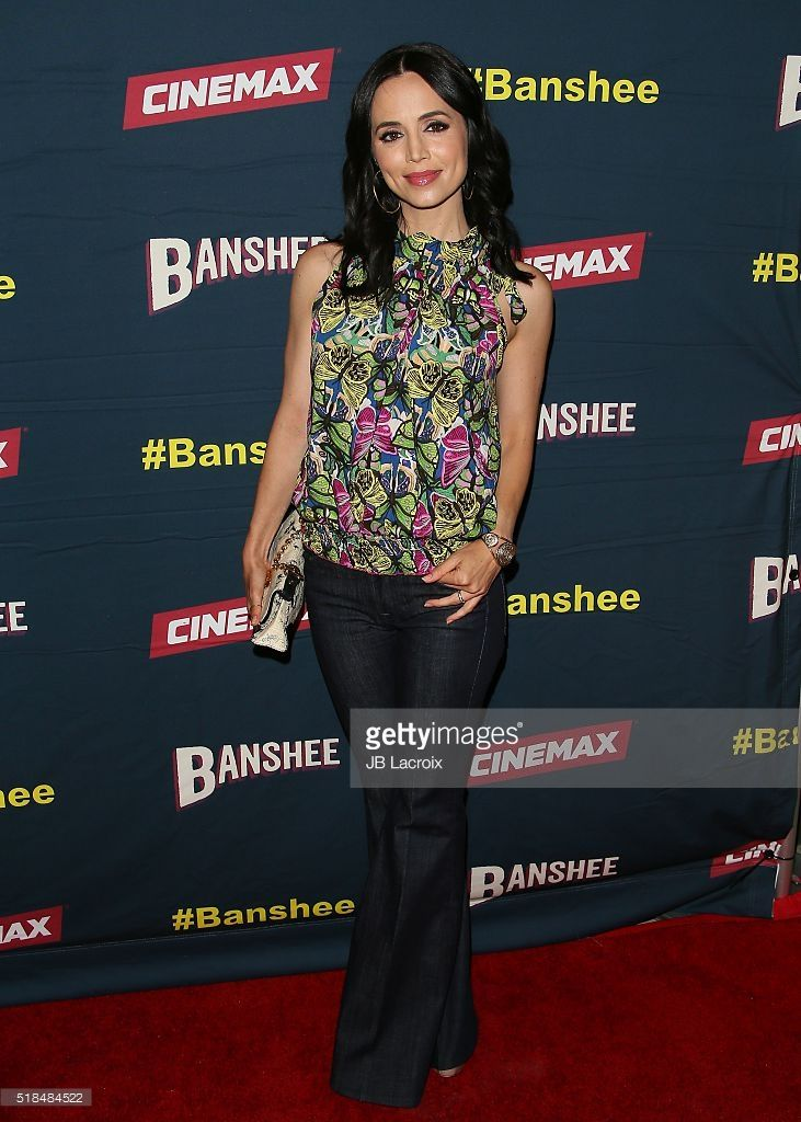 http://media.gettyimages.com/photos/actress-eliza-dushku-attends-the-premiere-of-cinemaxs-banshee-4th-at-picture-id518484522