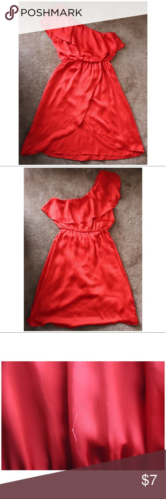 PRICE FIRM Forever 21 One Shoulder Red Dress Thread sticking out on the back of the dress. Purchased of eBay. Never worn by me. Ships fast! Forever 21 Dresses