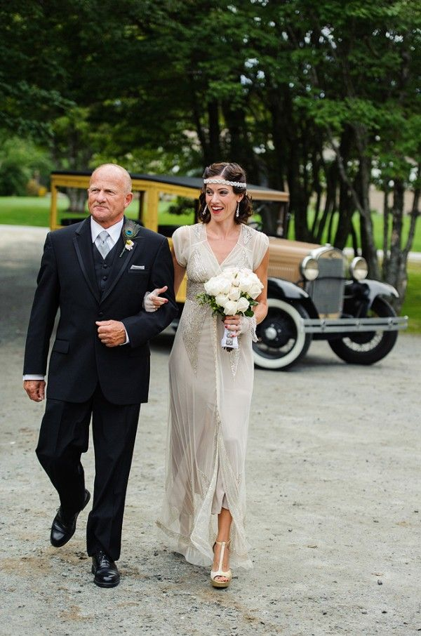 Father Of The Bride In Black Three Piece Tuxedo With Frame Collar Gorgeous
