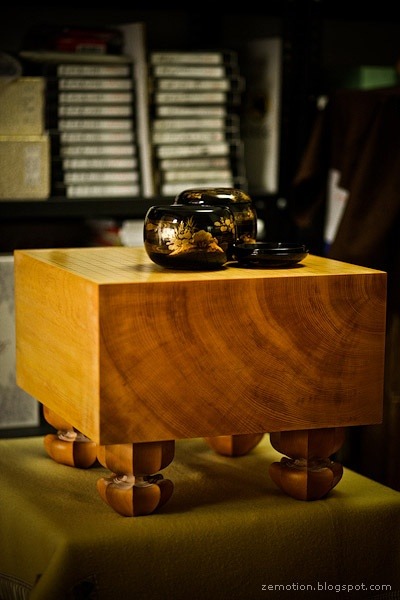 goban table and stunning bowls - so want